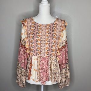 American Eagle boho embroidered peasant shirt